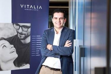 """Ignacio Ruiz, gerente comercial Inmobiliaria Vitalia : """"Ser más joven me ha permitido entender y adaptarme mejor a estos cambios estructurales"""""""