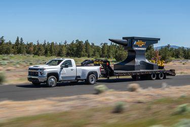 La gigantona Chevrolet Silverado 3500 Heavy Duty vendrá con algo más de músculo