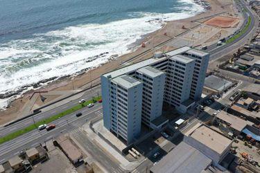 Antofagasta: Edificio social con vista al mar