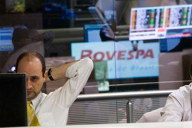 Inversionistas chilenos siguen de cerca las casi 20 aperturas a bolsa realizadas en Brasil este año