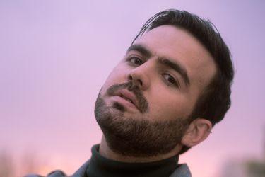 """Benjamín Walker lanza nuevo single desde el extranjero: """"Quiero radicarme en México y enfrentarme a las posibilidades"""""""