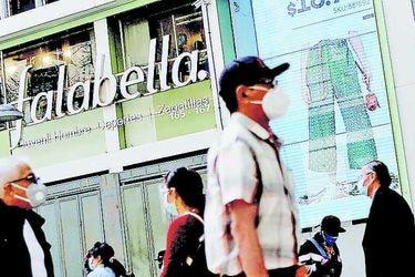 """Falabella admite """"demoras"""" en e-commerce y culpa a autoridades por restricciones en pandemia"""