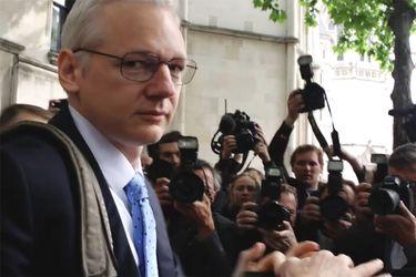 Risk Julian Assange