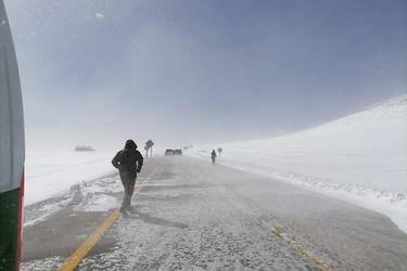 Carabineros de San Pedro de Atacama rescatan a 12 personas con principio de hipotermia en cercanías de frontera con Bolivia