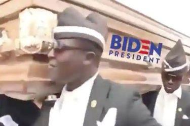Donald Trump usó el meme del baile del ataúd para burlarse de Joe Biden