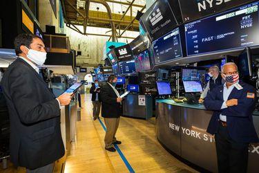 ¿Por qué los mercados de valores se recuperaron del Covid en un tiempo récord? Aquí hay cinco razones