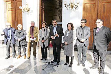 Imagen-Conclave-Senadores-Oposicion-Nueva-Mayoria-1810