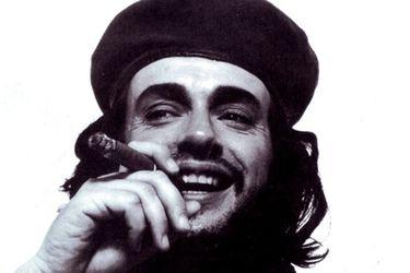 Che-Cerati: la sesión de fotos de Gustavo Cerati caracterizado como Ernesto Guevara