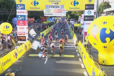 Ciclista queda en coma tras una caída en el esprint final del Tour de Polonia