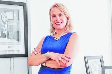 """Cynthia Perišić, gerenta general  de la Asociación Logística de Chile: """"Los procesos de digitalización en la logística se aceleraron tras el aumento del comercio electrónico"""""""