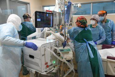 Neyün y su auspicioso debut: primer paciente chileno conectado a ventilador mecánico construido en Chile logra exitosa recuperación