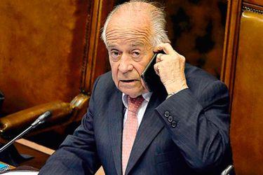 El oficio con que Andrés Zaldívar frenó normas que endurecen fiscalización a parlamentarios