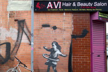 Banksy se atribuye una nueva obra instalada en Nottingham, Inglaterra