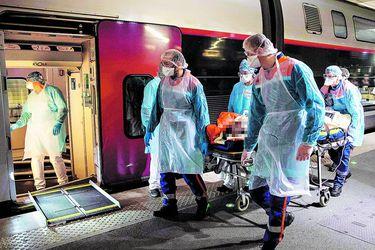 Reino Unido anticipa que llegará al peak de la curva de contagios de coronavirus antes de lo esperado