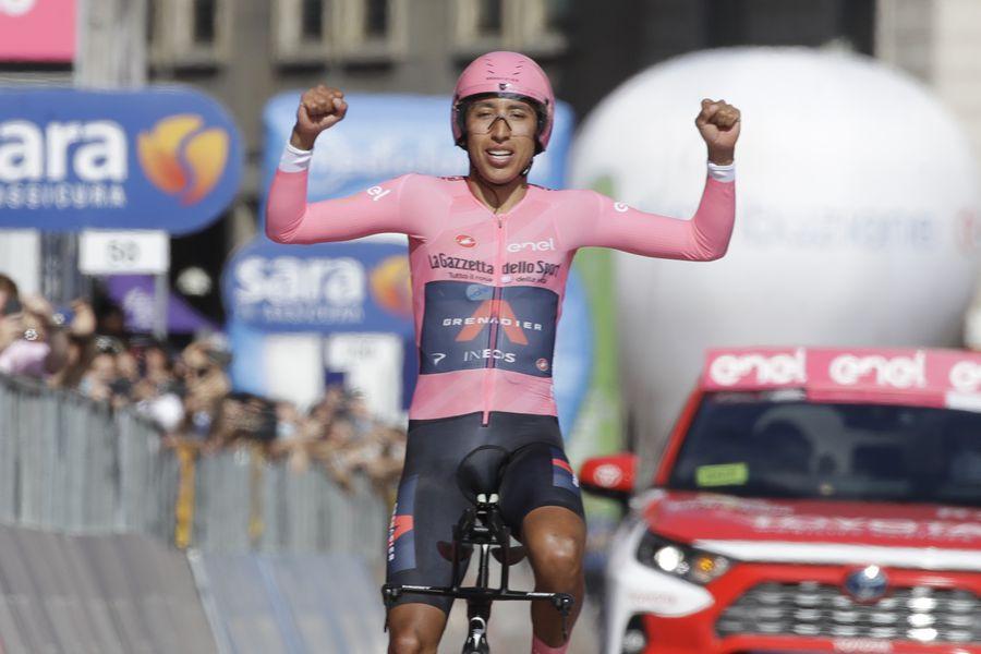 Egan Bernal se quedó con el título del Giro de Italia 2021.
