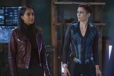 Fotos del set ofrecen el primer vistazo a Kelly Olsen como Guardian en la última temporada de Supergirl