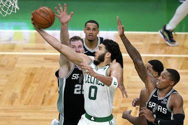 Los 60 puntos de Jayson Tatum ante los Spurs coronan un abril de récords en la NBA