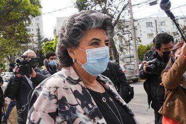 Caso horas extra: Tribunal no acoge solicitud de querellante para que la fiscalía formalizara a Virginia Reginato