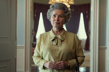 La tercera etapa de The Crown: así lucirá Imelda Staunton como Isabel II en el fenómeno de Netflix