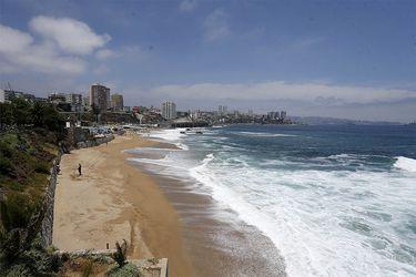 La legislación garantiza que todos los visitantes tienen libre acceso al borde costero y de los lagos.