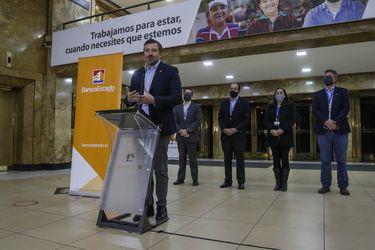 Querella de BancoEstado revela que el ciberataque primero se detectó en sucursal de Bandera en Santiago Centro