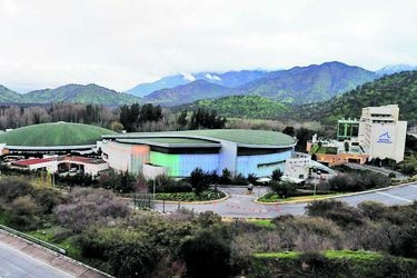 Monticello y Enjoy Santiago: la mayor superposición que tendría la fusión de los gigantes de los casinos en Chile