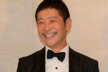 Multimillonario japonés busca pareja para viajar a la luna