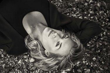 """Kate Winslet y su rol en Ammonite: """"Saoirse y yo coreografiamos la escena de sexo nosotras mismas"""""""