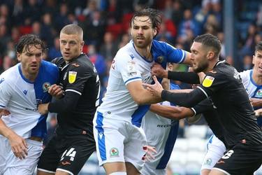 Blackburn Rovers de Brereton suma otro triunfo para mantener el invicto en el ascenso de Inglaterra