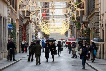 Italia restringe al máximo desplazamientos para fiestas de fin de año y prevé plan de vacunación a contar de enero