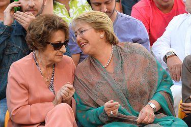Bachelet arriba a Chile para despedir a su madre Ángela Jeria y según protocolo deberá cumplir cuarentena