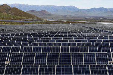 AES Gener anuncia millonaria inversión en energía renovable