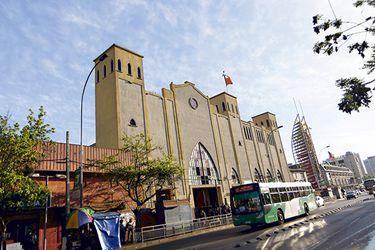 """Diputados UDI califican como """"venganza"""" congelamiento de recursos del Gobierno para reparación de catedral evangélica"""