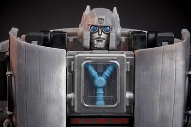 Conozcan a Gigawatt, el DeLorean Autobot que hará el crossover entre Volver al Futuro y los Transformers