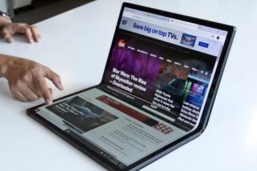 Intel presenta un notebook pantalla completa que se dobla