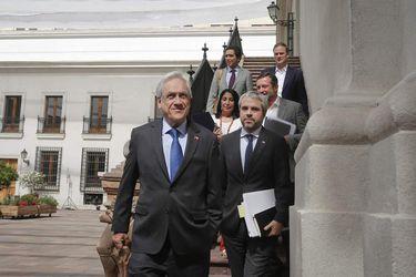 ¿Otro cambio de gabinete? El gran acertijo de Piñera a contar del lunes
