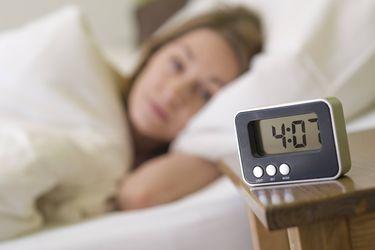 Horario de verano en pandemia: expertos alertan que déficit de sueño será mayor al que ya tenemos