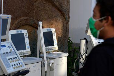 Disponibilidad de ventiladores mecánicos cae al mínimo: solo un 13,71% está desocupado para nuevos pacientes