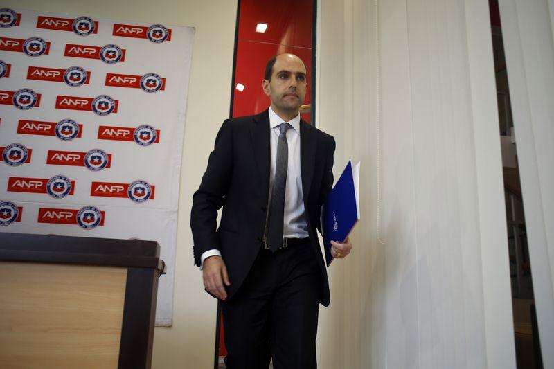 El expresidente de la ANFP, Sergio Jadue, firmó un contrato con NIke a cambio de US$ 56 millones, desde 2015 hasta 2022.