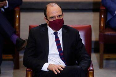 """Monckeberg: """"Me cuesta entender que el Ministerio Público tenga la capacidad de calificar si se actuó bien o mal en la pandemia del punto de vista sanitario"""""""