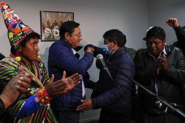 Bolivia: Resultados oficiales dan por ganador en primera vuelta a Luis Arce con el 55,1% de los votos