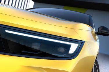Opel entrega el primer adelanto del próximo Astra electrificado