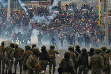 Alza de combustibles y levantamiento indígena: la dinamita que acorrala a Lenín Moreno en Ecuador