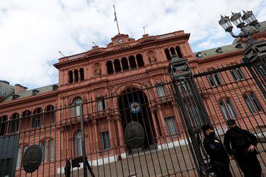 Argentina relaja medidas sanitarias: mascarilla ya no será obligatoria y fronteras serán reabiertas de manera gradual