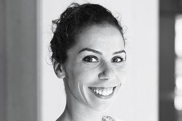 """Anaïs Persigan, entrenadora de Nuxe: """"Con la cosmética las mujeres quieren sentir placer"""""""