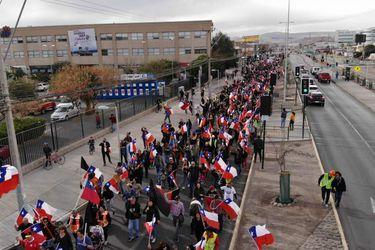Marcha de trabajadores y familiares de mineros de Chuquicamata