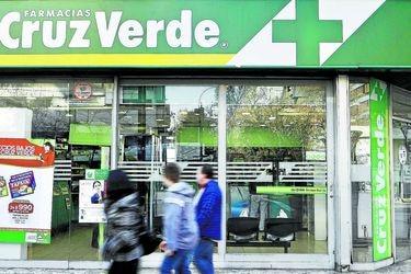 Sernac presenta demanda colectiva contra tarjeta de crédito de Cruz Verde por cobranzas extrajudiciales abusivas
