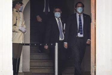 Molesto el Presidente y molestia en RN: Los coletazos de la defensa de Peréz ante la acusación (y el factor Desbordes)
