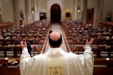 Corte Suprema autoriza realización de cultos religiosos, incluso en cuarentena, en vísperas de Semana Santa