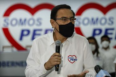 Organismo electoral peruano excluye la candidatura de Vizcarra al Congreso